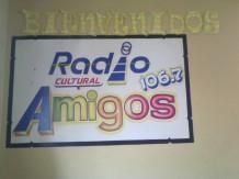 Promoviendo proyecto en Radio Cultural Amigos